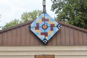 On Target barn quilt